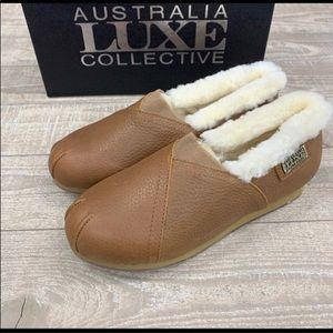 Lady's Australia luxe loafer